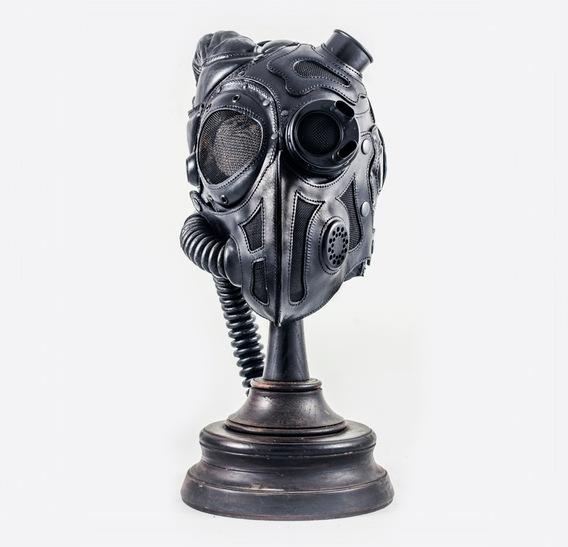 Qunari Art Leather Gas Mask